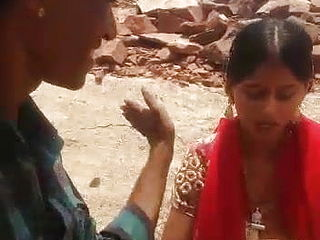 Rajasthani Bhabhi outdoor sex, marwadi aunty outdoor romp