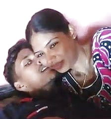 Madurai youthful couples smooching super hot with tamil audio