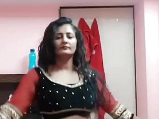 Bhabhi steaming dance