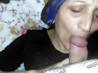 Desi sautheli ammi jaan deep throat beta salami Oral pleasure hijab paki muslim
