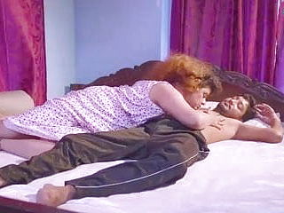 Desi Mature Super hot Aunty