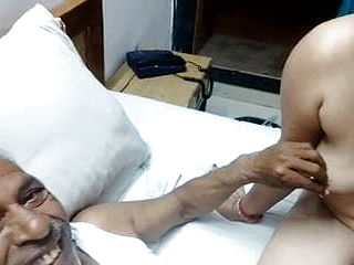 Insane MATURE INDIAN Couple WITH HINDI AUDIO